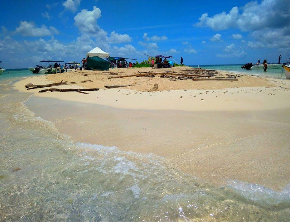 Ilet de Caret, a világ egyik legkisebb karibi szigete
